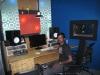 Simon in seinem Tonstudio