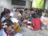 Kinder beim Nachhilfeunterricht