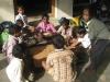 Beim Spielen von Carrom, einem sehr beliebten Spiel aus Indien